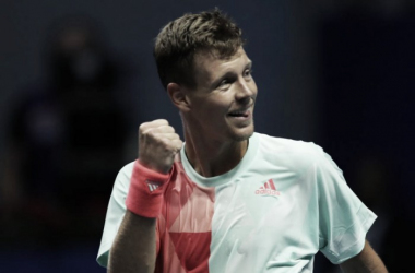 Tomas Berdych pumps his fist during his quarterfinal win. Photo: St. Petersburg Open