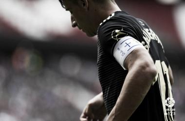 Saúl Berjón está desaparecido, y el Real Oviedo lo sufre | Imagen: LaLiga 1|2|3