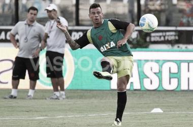 Ainda com muitos desfalques e sem a presença da torcida, Vasco recebe Atlético-GO