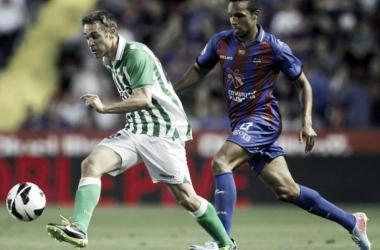Resultado Betis - Levante Liga 2013/14 (0-0)