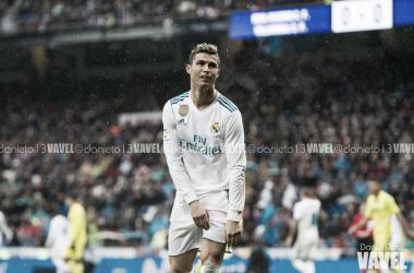 Cristiano Ronaldo se lamenta en un partido contra el Villarreal I Foto: Daniel Nieto (VAVEL)