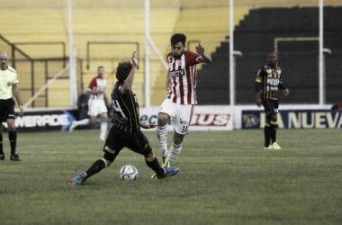 """Sánchez Miño: """"Estudiantes puede pelear en los dos torneos"""""""