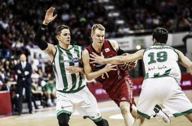 Benzing y Nachbar en el duelo de la pasada temporada/ Foto: Basket Zaragoza