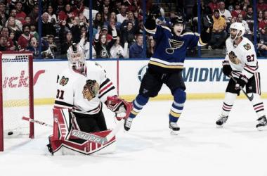 Em jogo marcado pelo equilíbrio, o St. Louis Blues derrota o Chicago Blackhawks