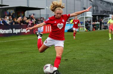 Brighton sign Lionesses youth international Katie Robinson