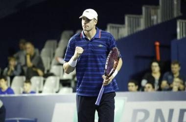 John Isner surpreende e derrota Roger Federer no Masters 1000 de Paris