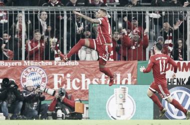 El Bayern se hizo fuerte de local y ganó el clásico