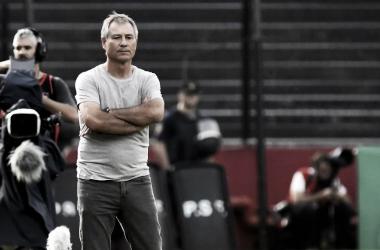 """Ariel Holan: """"El equipo jugó muy mal"""". Imagen: @Independiente"""