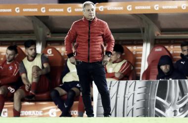 Holan estuvo crítico con los últimos tres partidos que jugo Independiente. Imagen: @Independiente