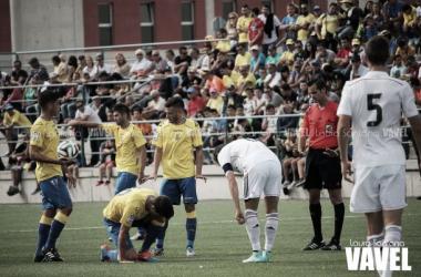 Fotos e imágenes del Las Palmas At. 2-2 Castilla, jornada 12 del Grupo II de Segunda B