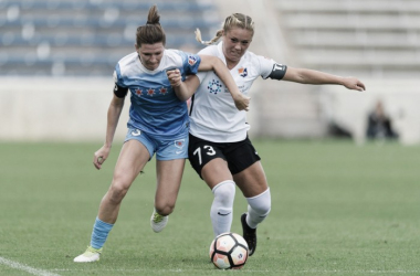 Arin Gilliland (left) and Madison Tiernan battle for possession. Source: Sky Blue FC
