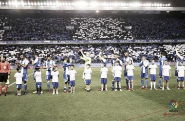 La afición blanquiazul recibe al Dépor con un tifo | Fuente: La Liga
