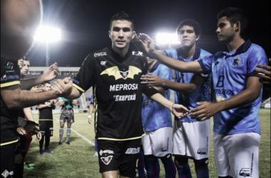 Desde la oscuridad, Murciélagos vence a Tampico Madero
