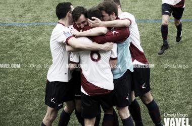 Fotos e imágenes del U.D. Gijón Industrial 2-0 Valdesoto C.F.