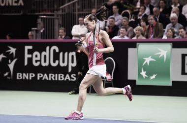 Fed Cup 2016: Both ties end the day all square as Viktorija Golubic proves the unlikely star
