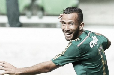 Leandro Pereira celebrando un gol con Palmeiras // Foto: Cesar Greco, Agencia Palmeiras.