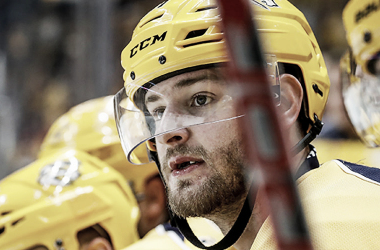 Watson durante un partido con los Preds. NHLPA.com