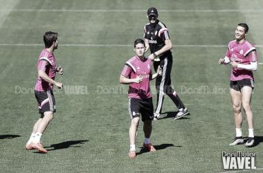 Ancelotti convoca a 19 jugadores para mantener la esperanza en Liga
