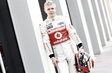 Kevin Magnussen podría sustituir a Sergio Pérez en Mclaren