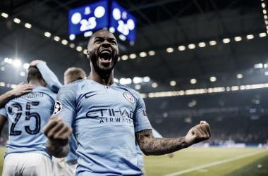 Sterling comemorando o gol da vitória (Foto: Manchester City)