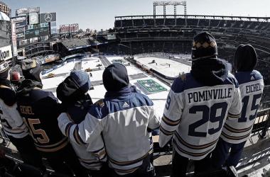 La idea de jugar al aire libre planea sobre algunos equipos de la NHL