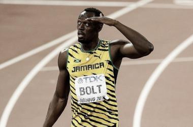 """Bolt sbotta: """"La gente mi chiede se sono veramente infortunato"""". Pubblica la diagnosi, poi cancella"""