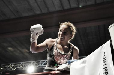 La Tuti y una lección de boxeo ante la mexicana (Foto: Ramón Cairo | O.R. Promotions)
