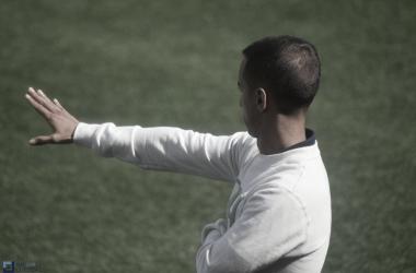 Borja Jiménez da instrucciones. Foto: José Luis Cotobal