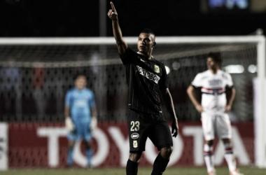 Atlético Nacional vive ganando cuando menos un título de manera consecutiva desde el año 2011. | Foto: EFE