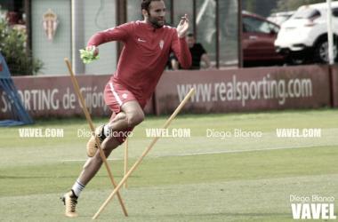 Borja Viguera en un entrenamiento, no ha faltado a ninguno. FOTO: Diego Blanco-VAVEL