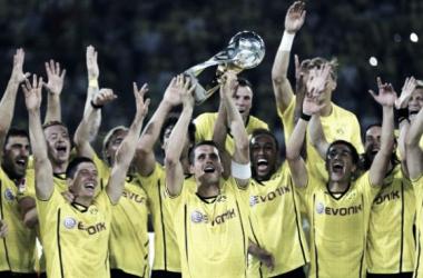 Jugadores celebrando el título (Foto: AP)