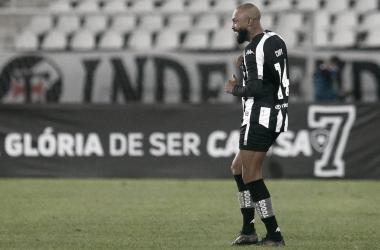Chay comemora o primeiro gol do Glorioso. Divulgação/Botafogo