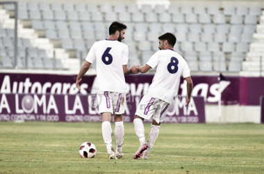 Heras y Espinosa celebran un tanto (Real Jaén - Best Photo Soccer)
