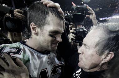 "<h4 class=""text-justify open-sans ng-valid ng-touched ng-not-empty ng-dirty ng-valid-parse"">Tom Brady y Bill Belichick se encuentran a la espera de su novena participación en la Super Bowl. Foto: NFL<br></h4>"