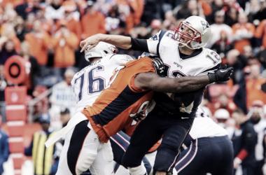Defesa dos Broncos foi fundamental para conduzir o time à vitória (Foto: Reprodução/Denver Broncos)