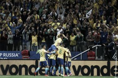 Brasil garantiu vaga na Copa do Mundo de 2018 após bater o Paraguai por 3 a 0 e ser beneficiado pela vitória do Peru sobre o Uruguai por 2 a 1 (Foto: Lucas Figueiredo/CBF)