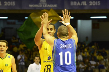 Brasil sufre para derrotar a Serbia