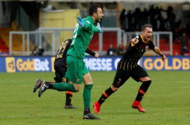 Serie A - Clamoroso a Benevento, Brignoli riacciuffa il Milan all'ultimo secondo, gelato Gattuso (2-2)