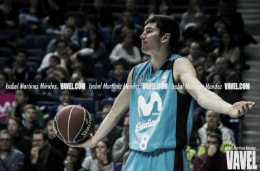 Mitrovic elevándose para anotar / ACB.COM