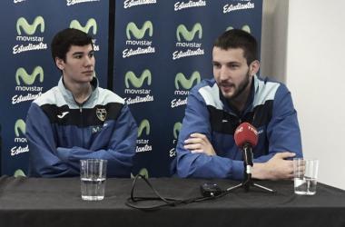 Brizuela y Bircevic, en rueda de prensa (Fuente: Club Estudiantes)