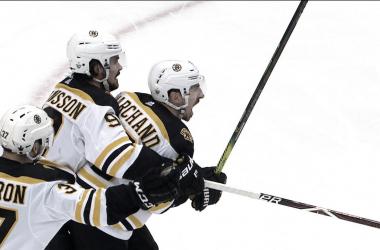 Los Bruins celebrando | NBCsports.com