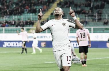 Bruno Peres marca, Roma vence Palermo fora de casa e volta à vice-liderança