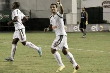 Fora dos planos do Fluminense, Bruno Veiga é negociado e reforçará o Vila Nova-GO