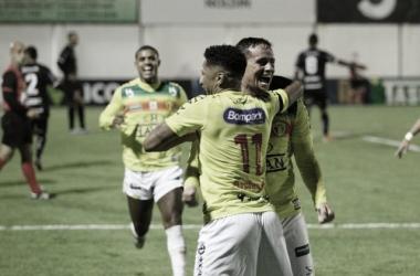 Brusque confirma favoritismo contra Joinville e avança na briga pelo título catarinense