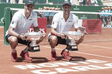 Los Bryan celebran su sexto título. Foto: Masters 1000 Montecarlo