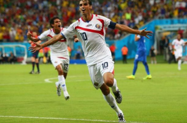 Bryan Ruiz celebrates his goal against Greece (TEAMtalk)