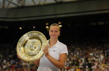 Kvitova reina por segunda vez en Wimbledon