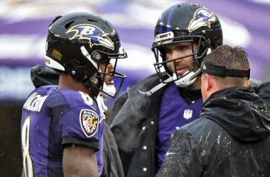 Joe Flacco y Lamar Jackson en el sideline esta temporada (Foto: Baltimore Ravens)