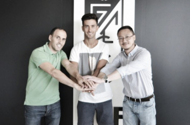 Granada acerta com atacante Alberto Bueno, ex-Real Madrid
