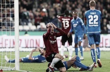 Hannover sigue sin ganar en Bundesliga | Foto: @Bundesliga_DE